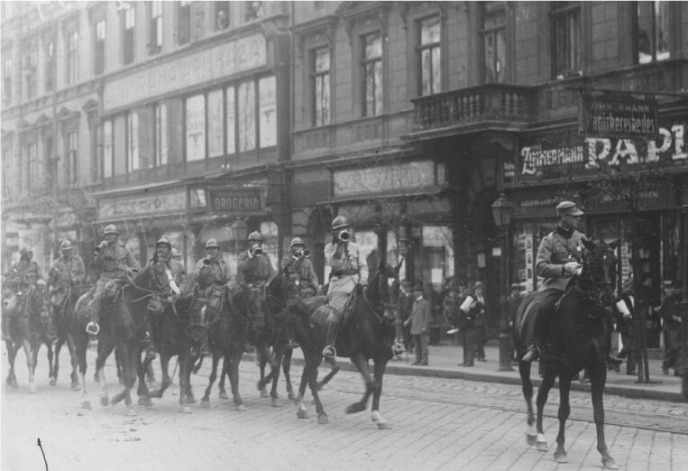 Romanian cavalry marching into Budapest in 1919