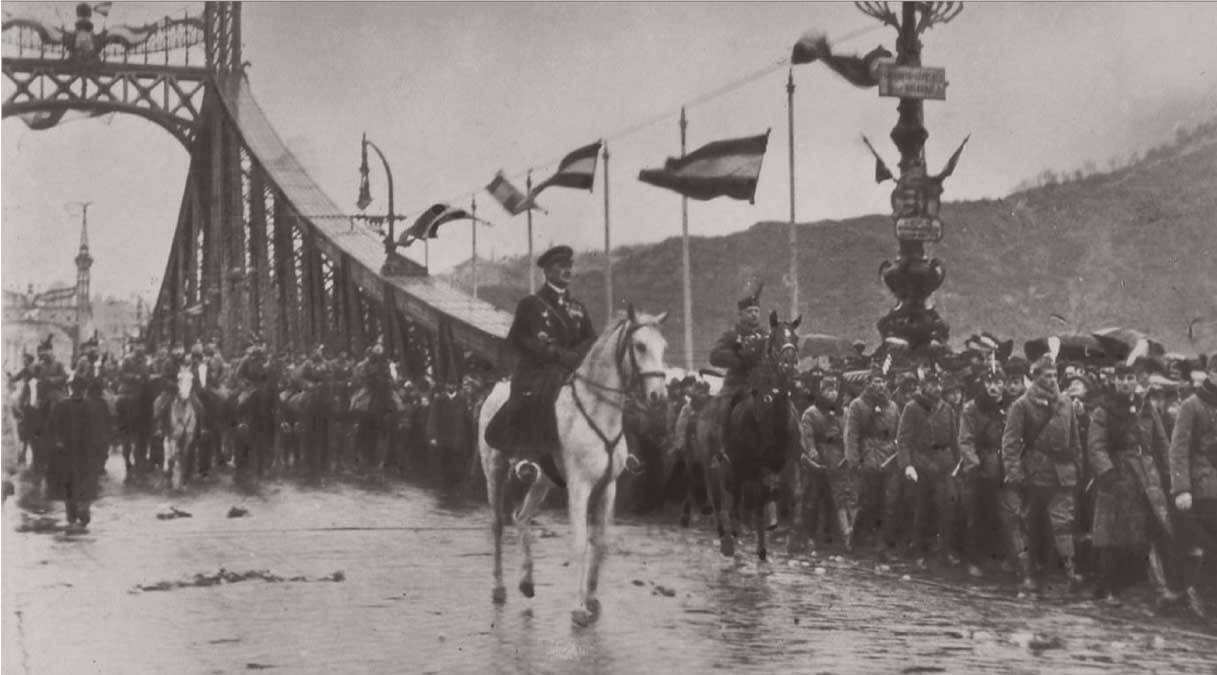 Miklós Horthy on white horse leading his brigade into Budapest in November 1919