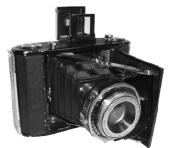 The Nettar Anastigmat camera that belonged to Pista Fábos