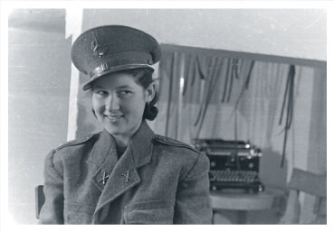 Female recruit  to the Hungarian Communist Party