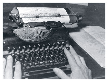 Typewriter in Hungary in 1955
