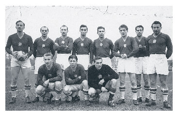 Hungarian football team in 1953