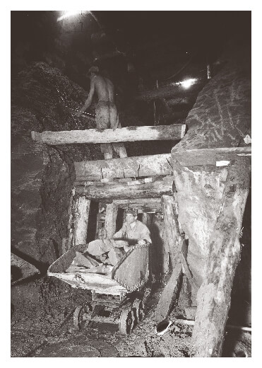 Coal mine in Hungary in 1953