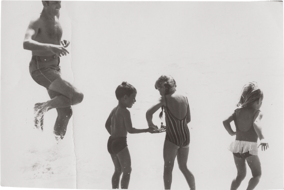 Gyula at the seashore with his three children in 1969